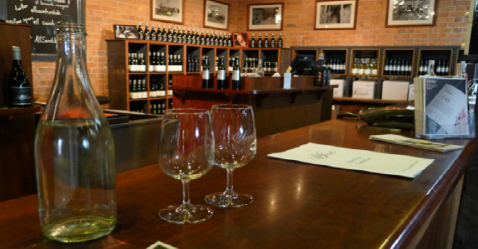 Wine-Tasting-All-Saints-Winery-Rutherglen-Vic